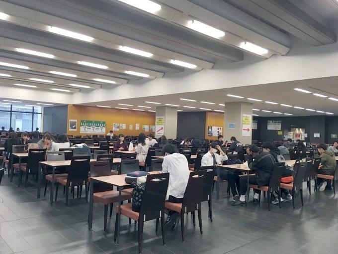 青学_青山キャンパス_学食