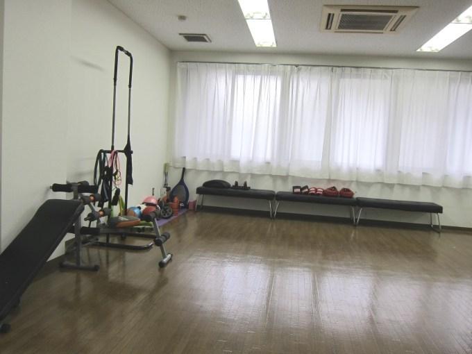 青学_相模原学生寮_スポーツジム